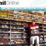 Fanático por pimentas tem coleção com mais de 6 mil garrafas